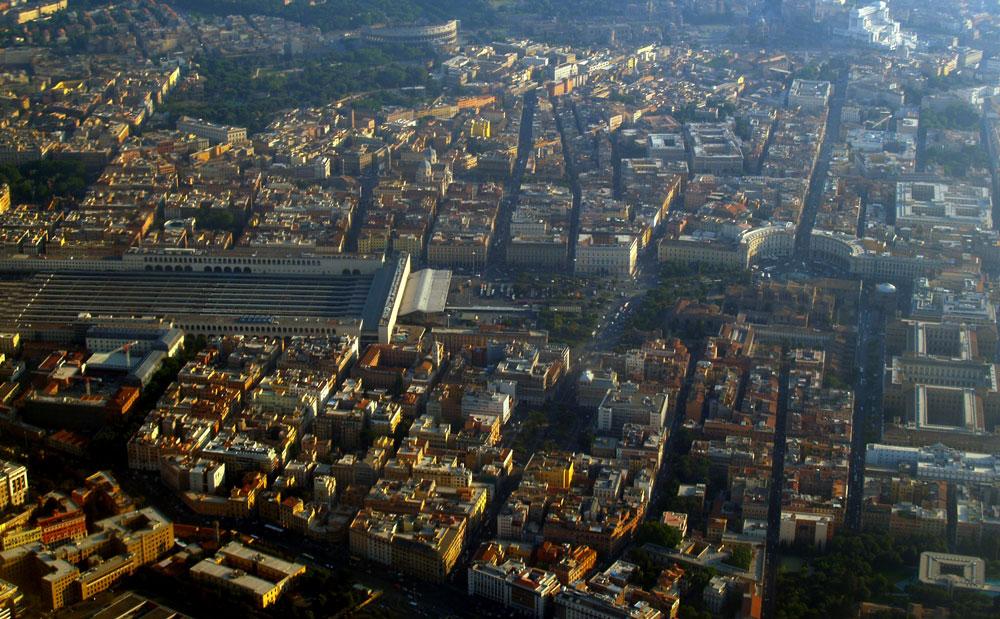 Rom med helikopter