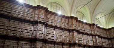 Stora bibliotekssalen/Biblioteca Angelica.